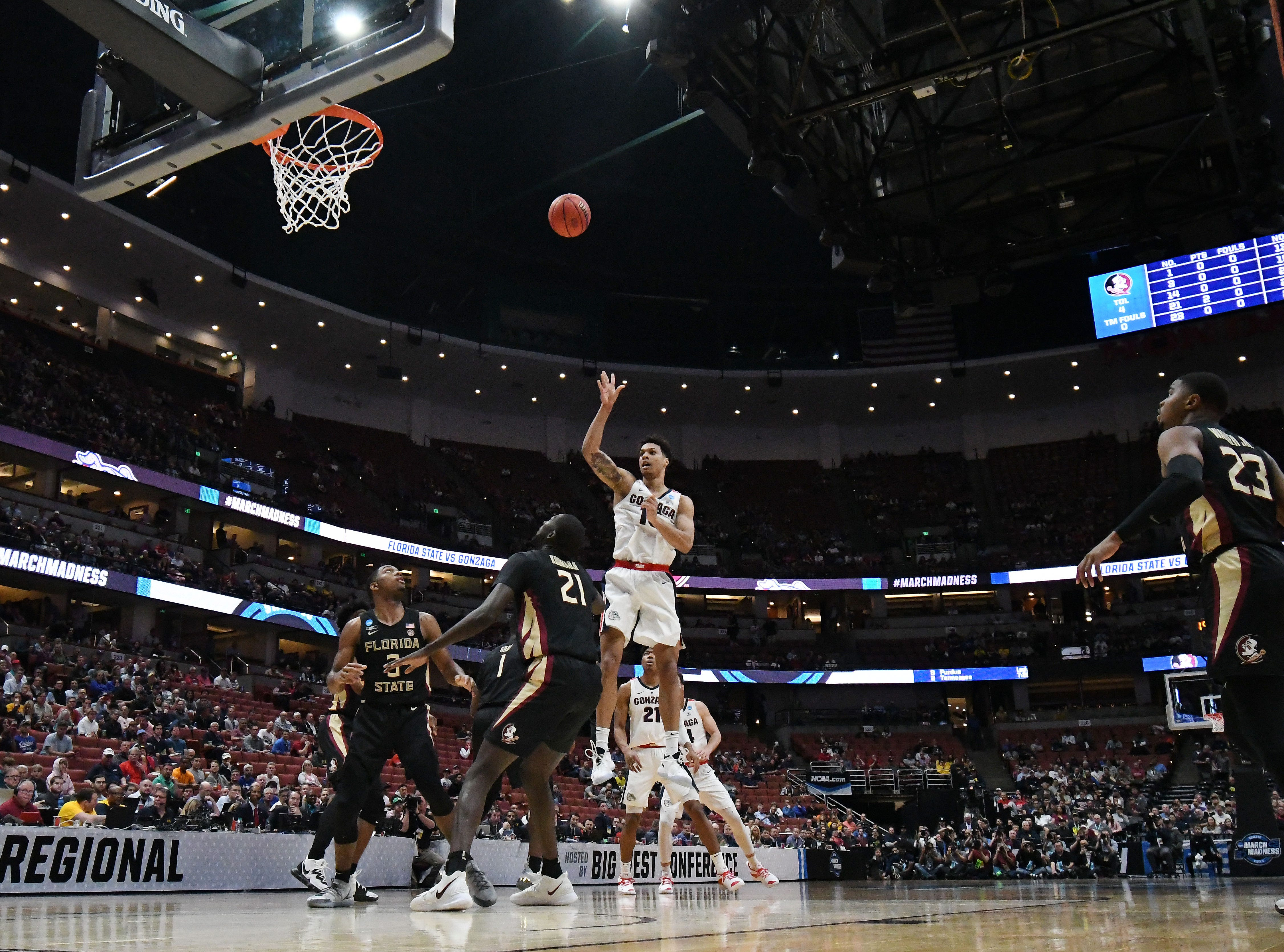 March 28, 2019; Anaheim, CA, USA; Gonzaga Bulldogs forward Brandon Clarke (15) shoots against Florida State Seminoles during the first half in the semifinals of the west regional of the 2019 NCAA Tournament at Honda Center. Mandatory Credit: Richard Mackson-USA TODAY Sports