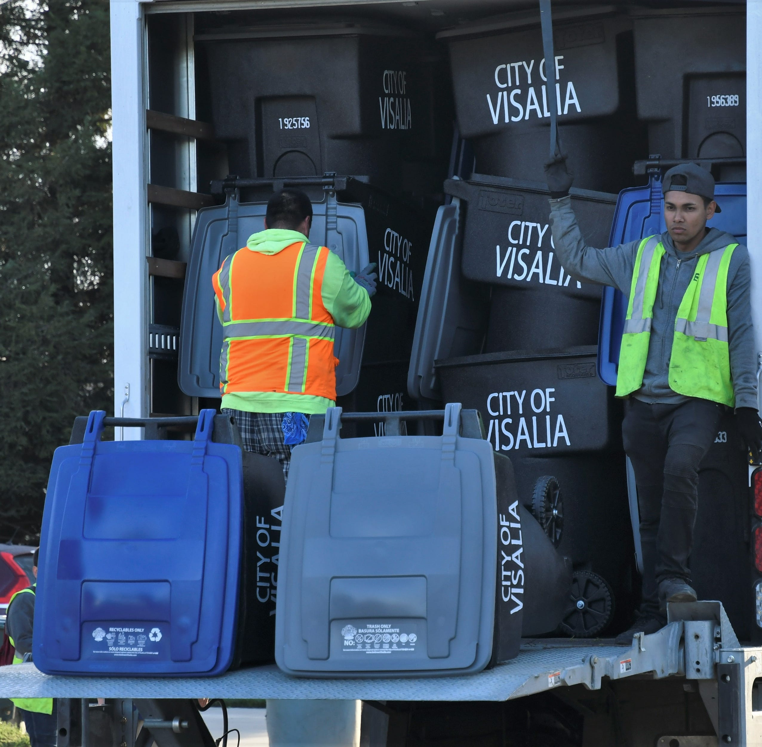 Visalia invented them, residents loathe them, split trash cans gone forever
