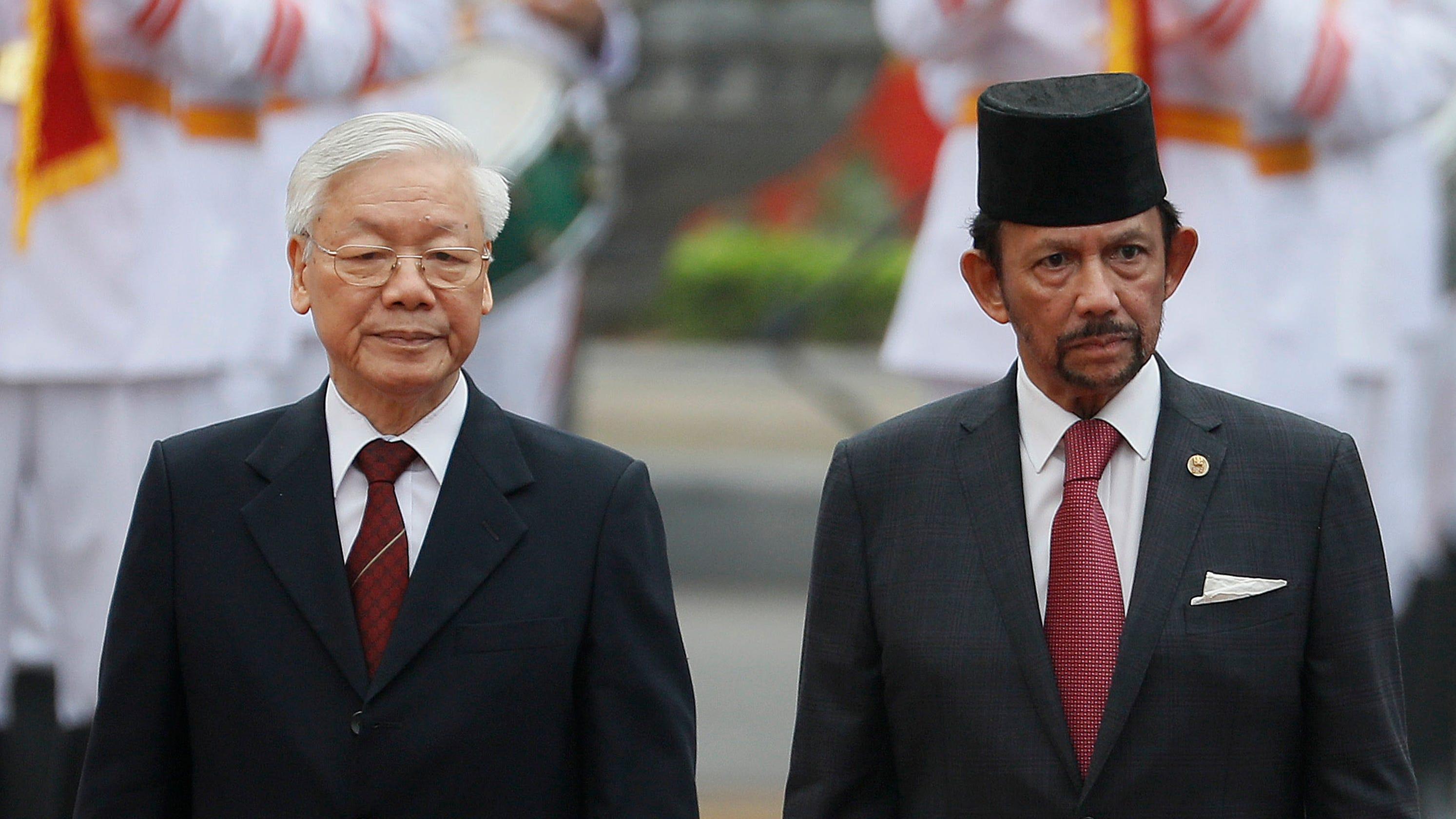 Brunei boycott: Travel groups, celebrities over gay sex law