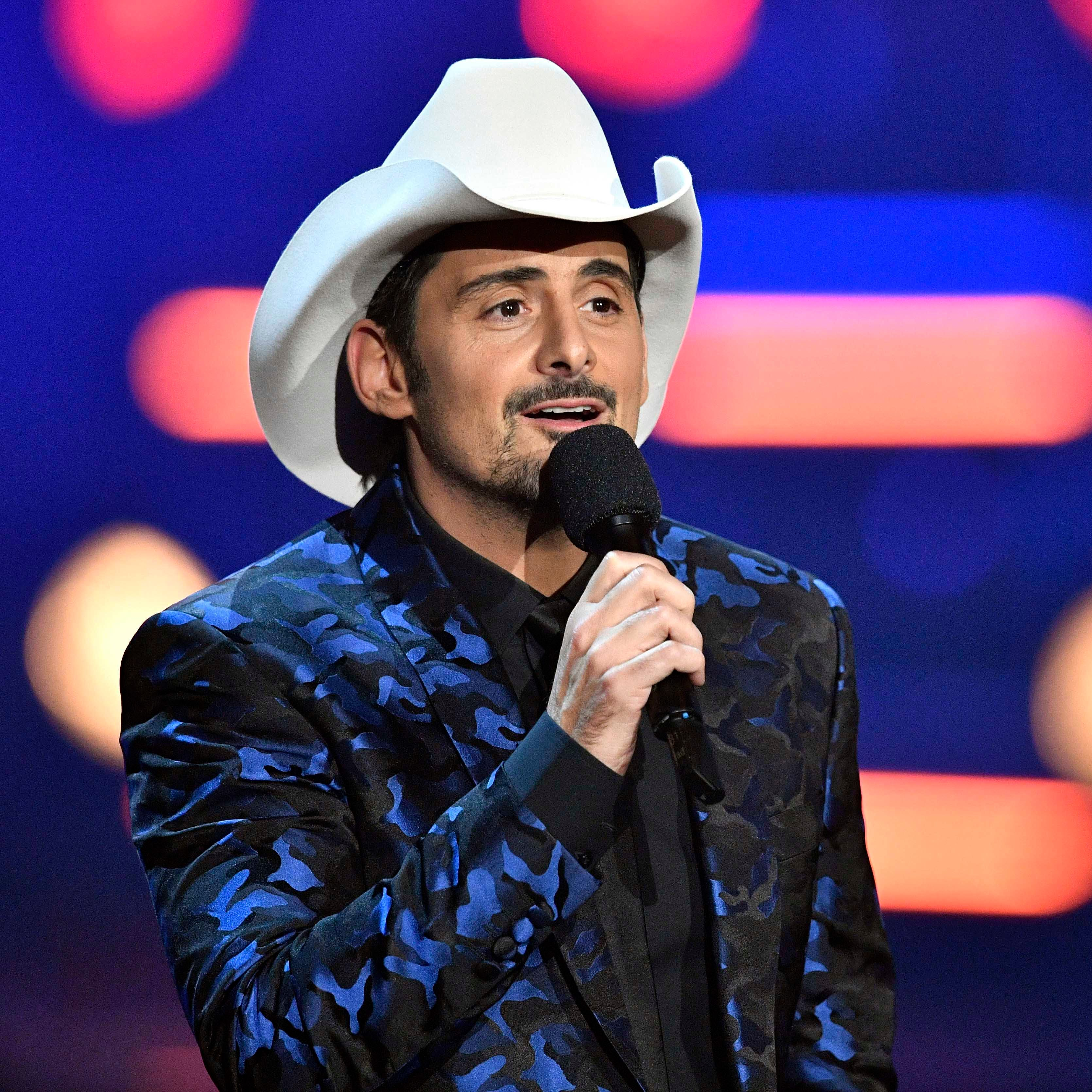 Country musician Brad Paisley coming to FireKeepers Casino Hotel