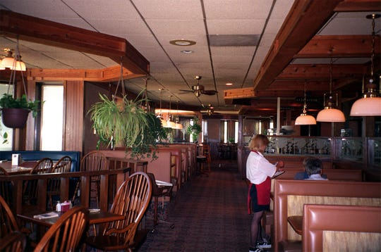 The 41 restaurants Des Moines diners miss the most