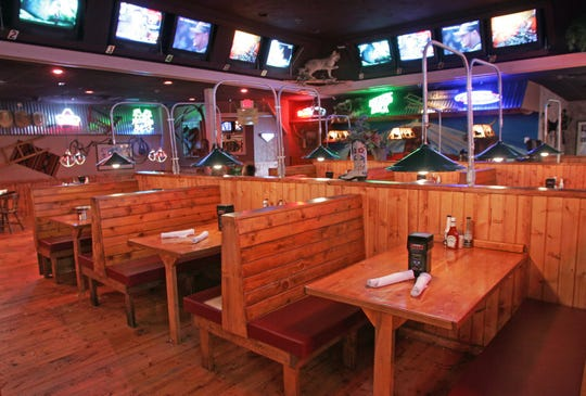 Dickey Doogan's Roadhouse Grill, a restaurant that shared a kitchen with one of Crimmin's Cattle Company's final establishments in the metro, is now also closed.