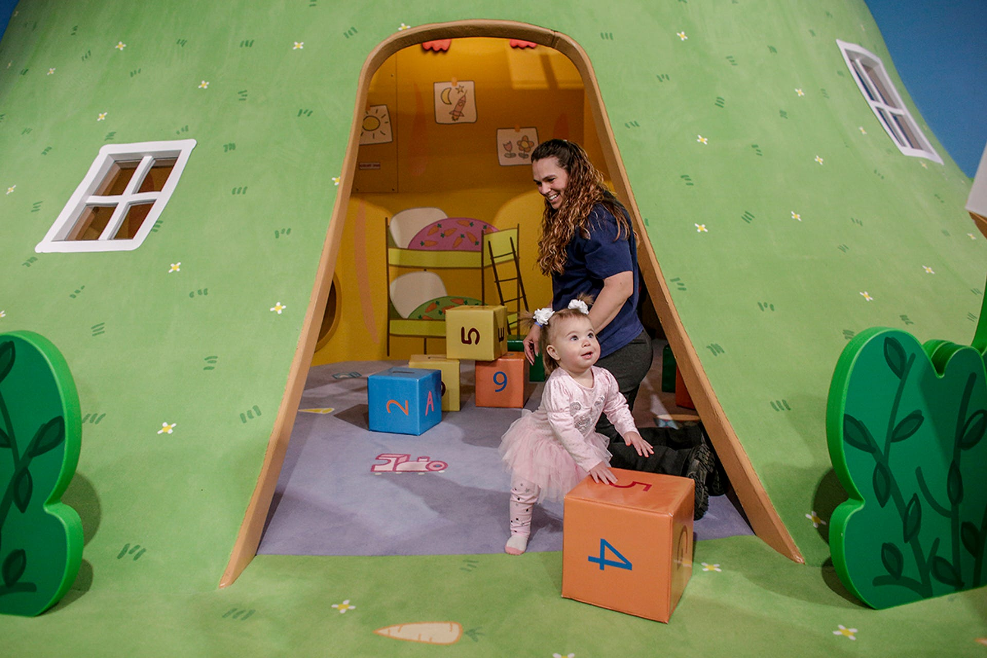 Peppa Pig S World Of Play To Open At Great Lakes Crossing
