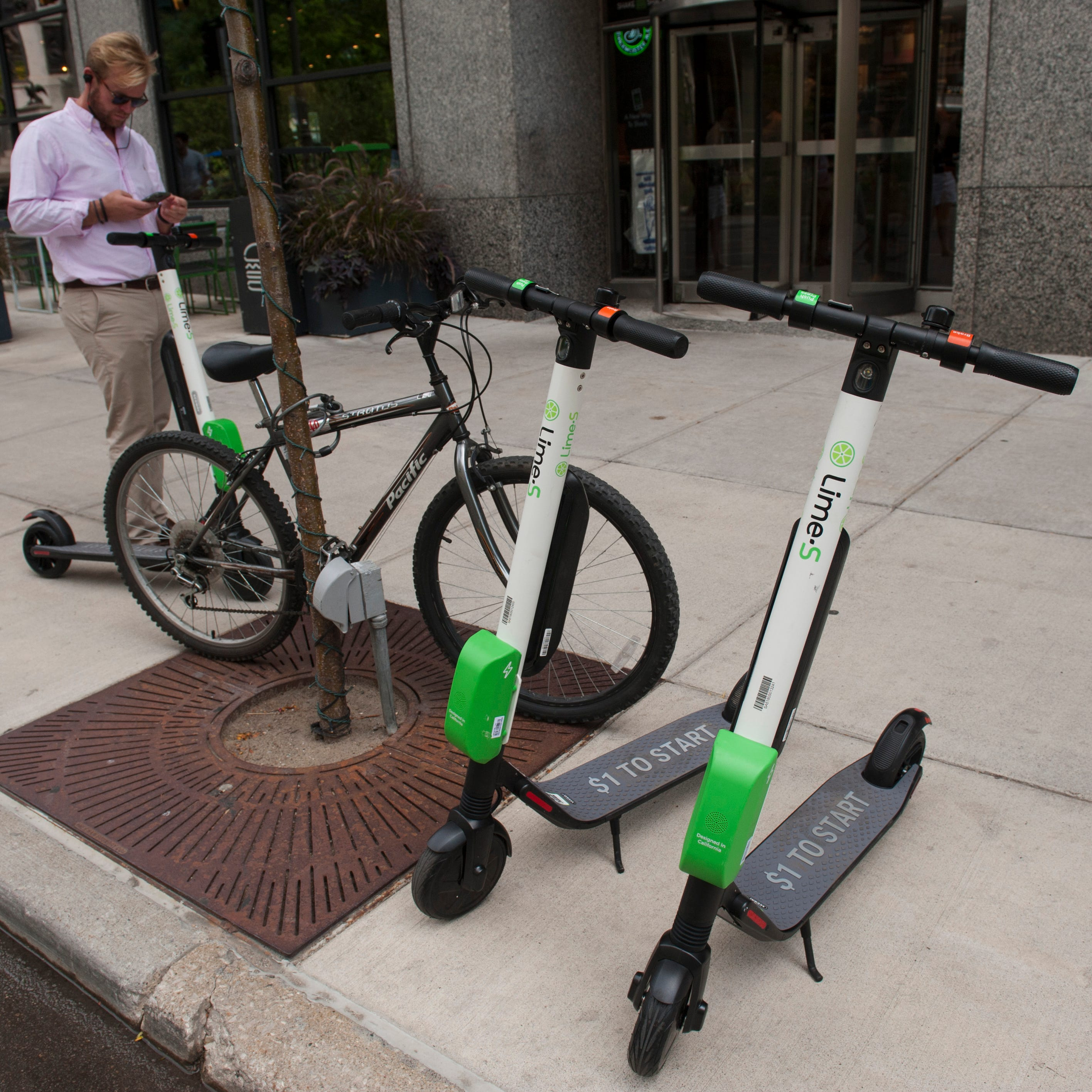 Lime scooters make their return in downtown Detroit