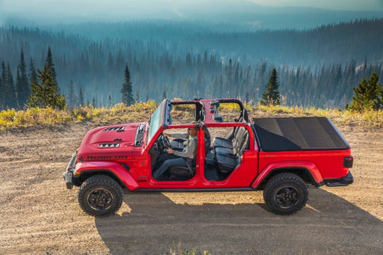 The 2020 Jeep Gladiator Rubicon can be stripped of its doors and roof for open air driving.