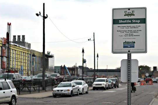 Wayne State shuttle stop