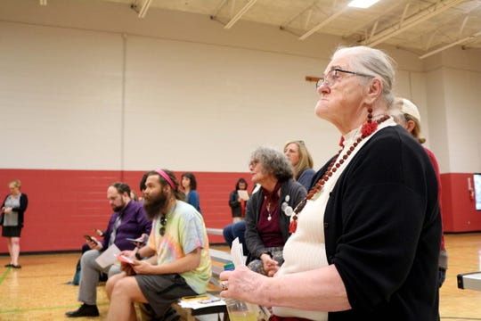 The latest in a series of community meetings about homelessness in Vestal and nearby neighborhoods brought a sizable turnout to the South Knoxville Community Center.