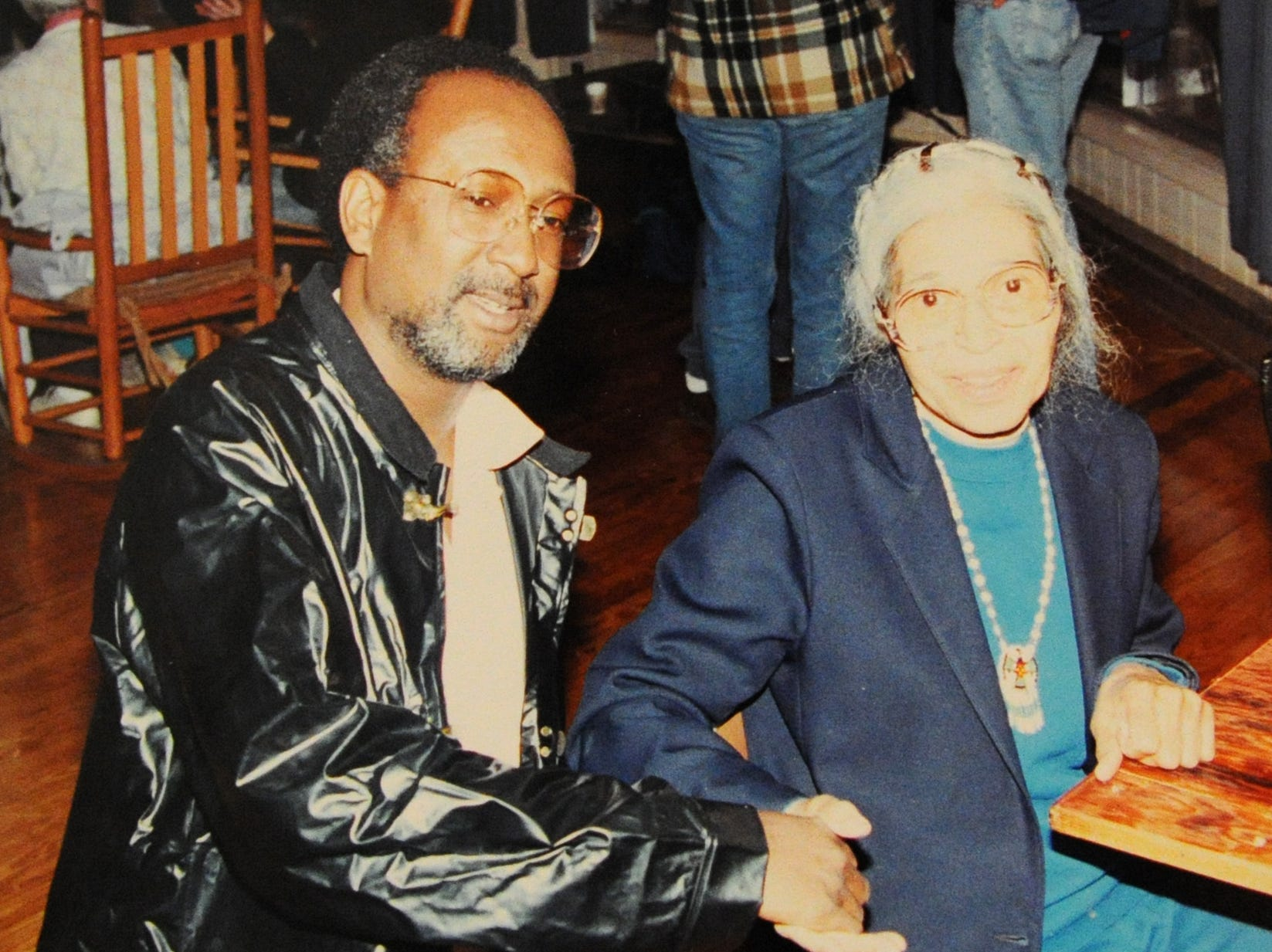 Knoxville Interim Mayor Daniel Brown visits with Rosa Parks at the Highlander Center for Research and Education on May 5, 1990.  Photo by Daniel Brown / Special to the News Sentinel