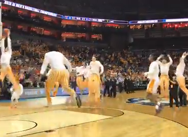 "Vols pregame dunk tradition, ""One fly, we all fly,"" before taking on Purdue in round 3 of the NCAA tournament."