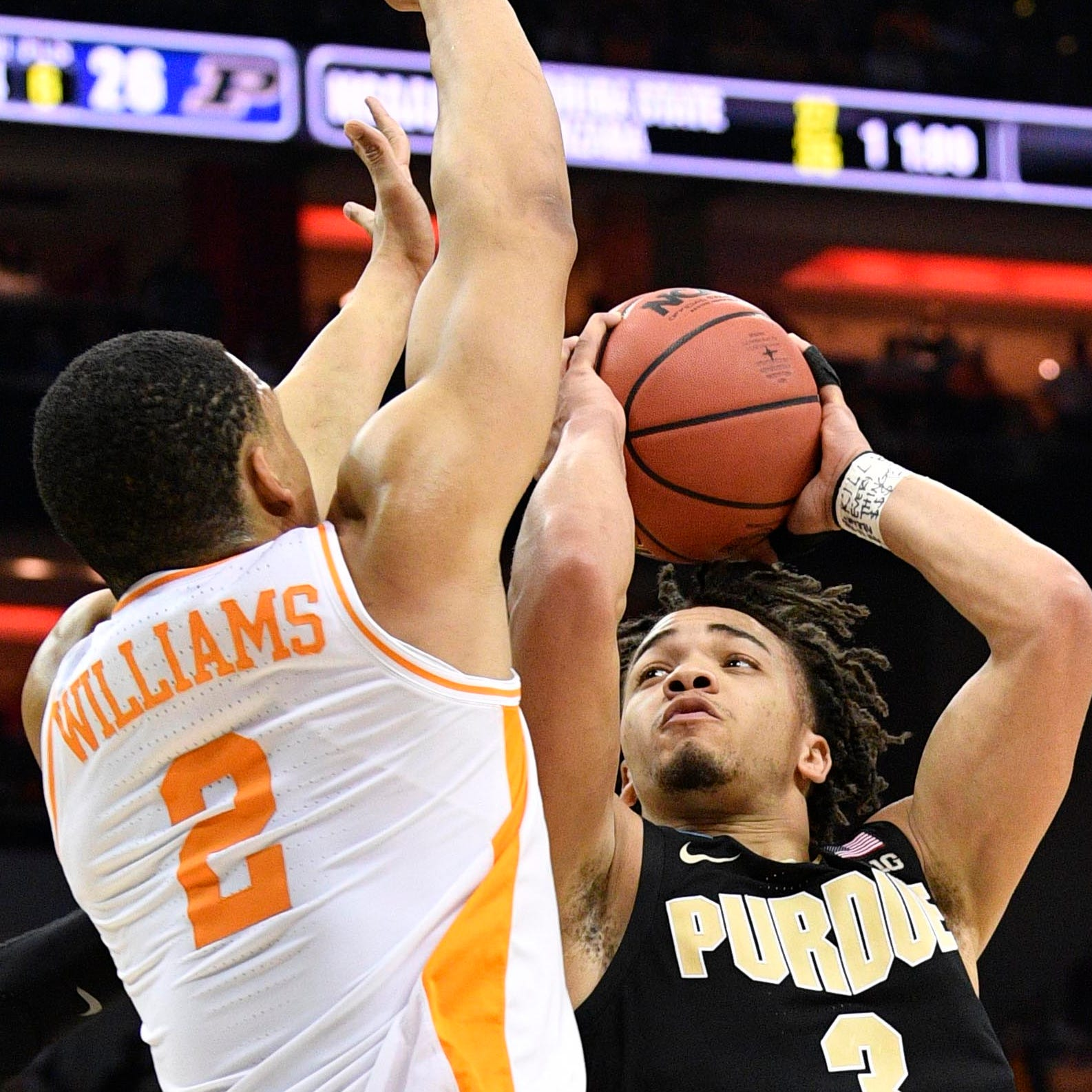 NCAA Tournament: Tennessee fans can't believe last-second foul that helped Purdue force OT