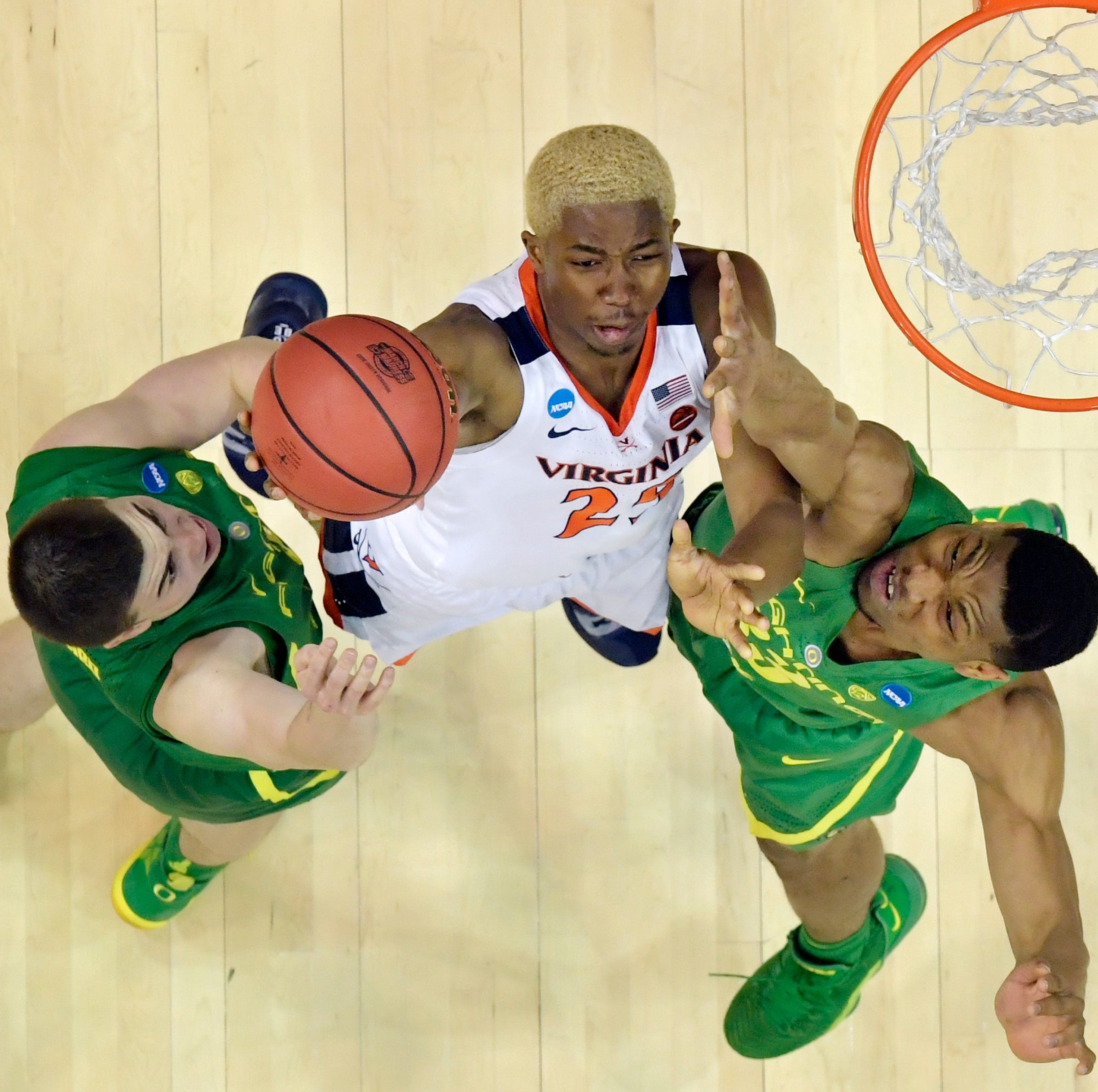 Virginia's suffocating defense outlasts Oregon in Sweet 16