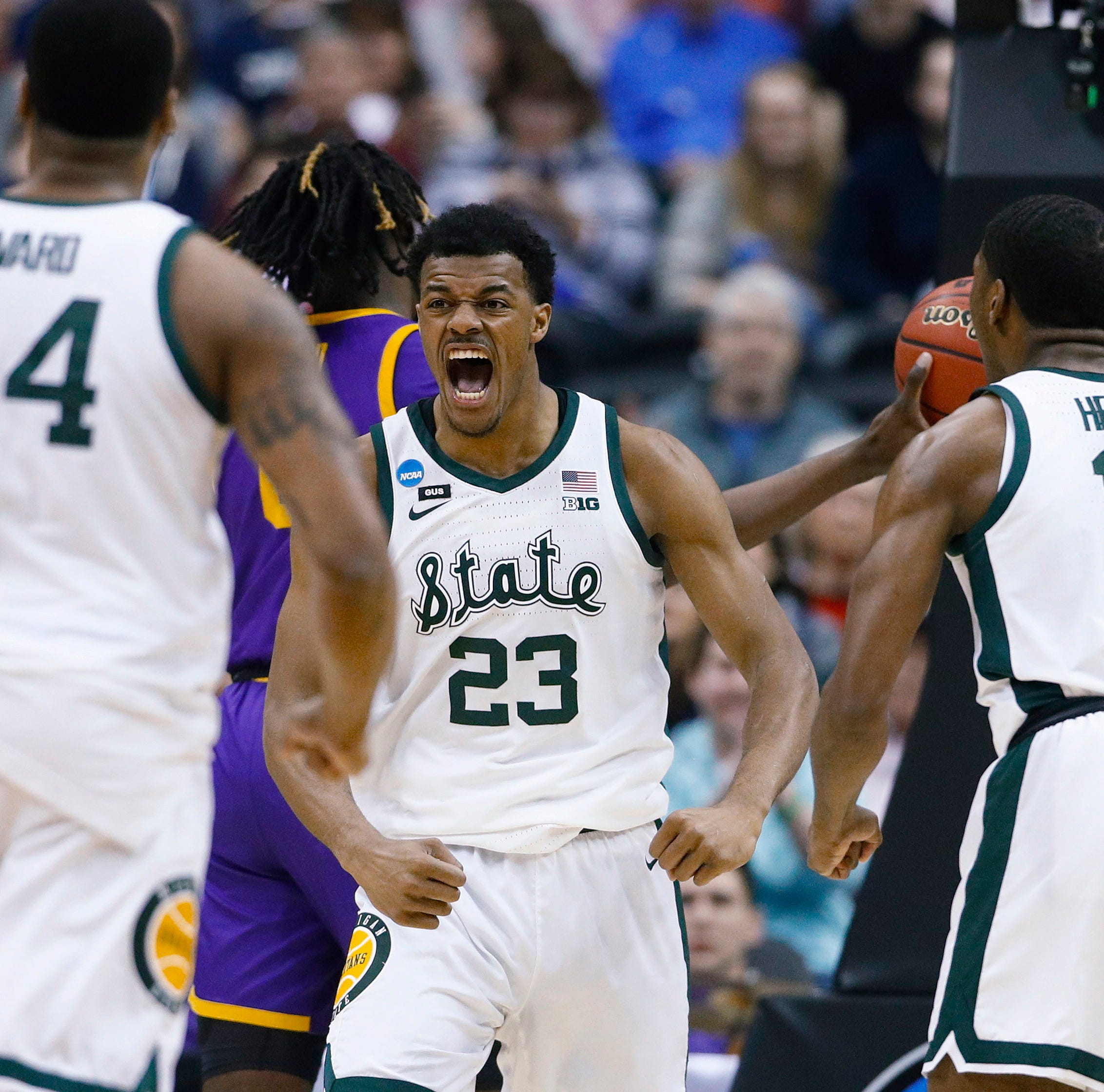 NCAA Tournament 2019: See Michigan State basketball arrive at the arena to face Duke in the Elite 8