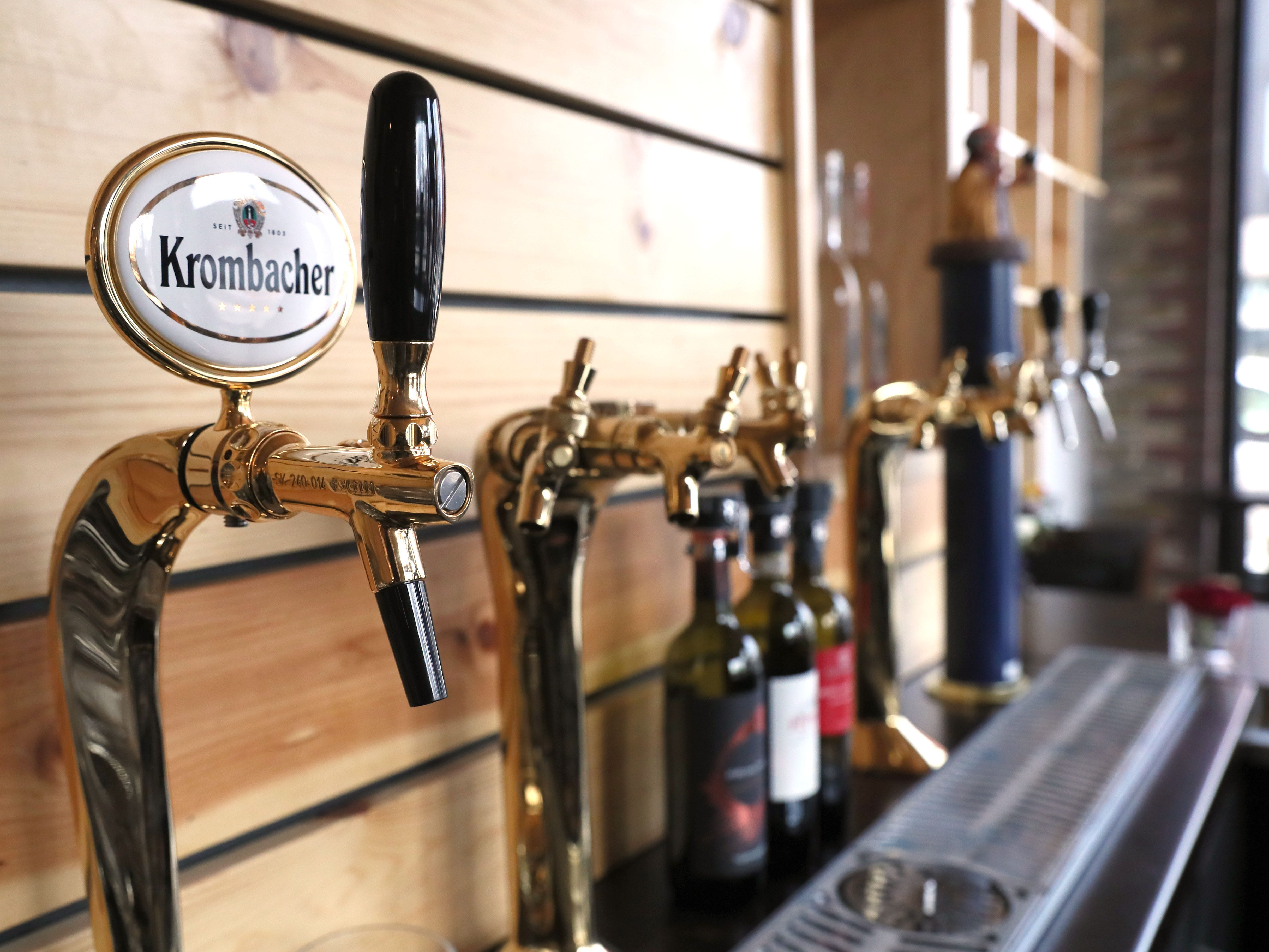 Baccanera is a new wine bar at 1732 E. North Ave in Milwaukee.  Besides a variety of wines they serve Krombacher a German beer.