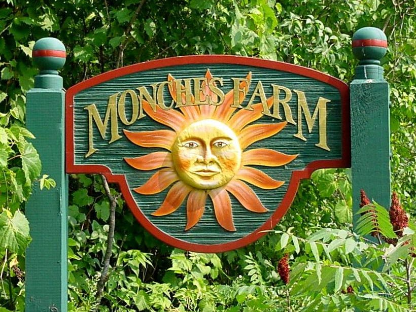 Monches Farm, a popular nursery and gift shop near Holy Hill in Washington County, is closing after more than 35 years in business.