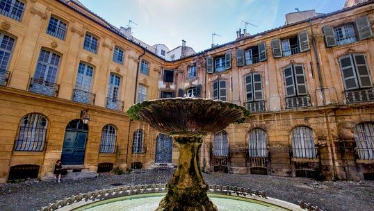 Place d'Albertas in Aix-en-Provence.