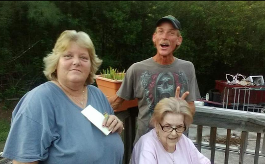 Robert Hickok is pictured with his sister  Kim Hunt and their mother.