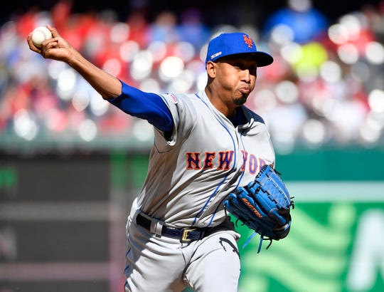 Mar 28, 2019; Washington, DC, USA; New York Mets relief pitcher Edwin Diaz (39) throws to the Washington Nationals during the ninth inning at Nationals Park. Mandatory Credit: Brad Mills-USA TODAY Sports
