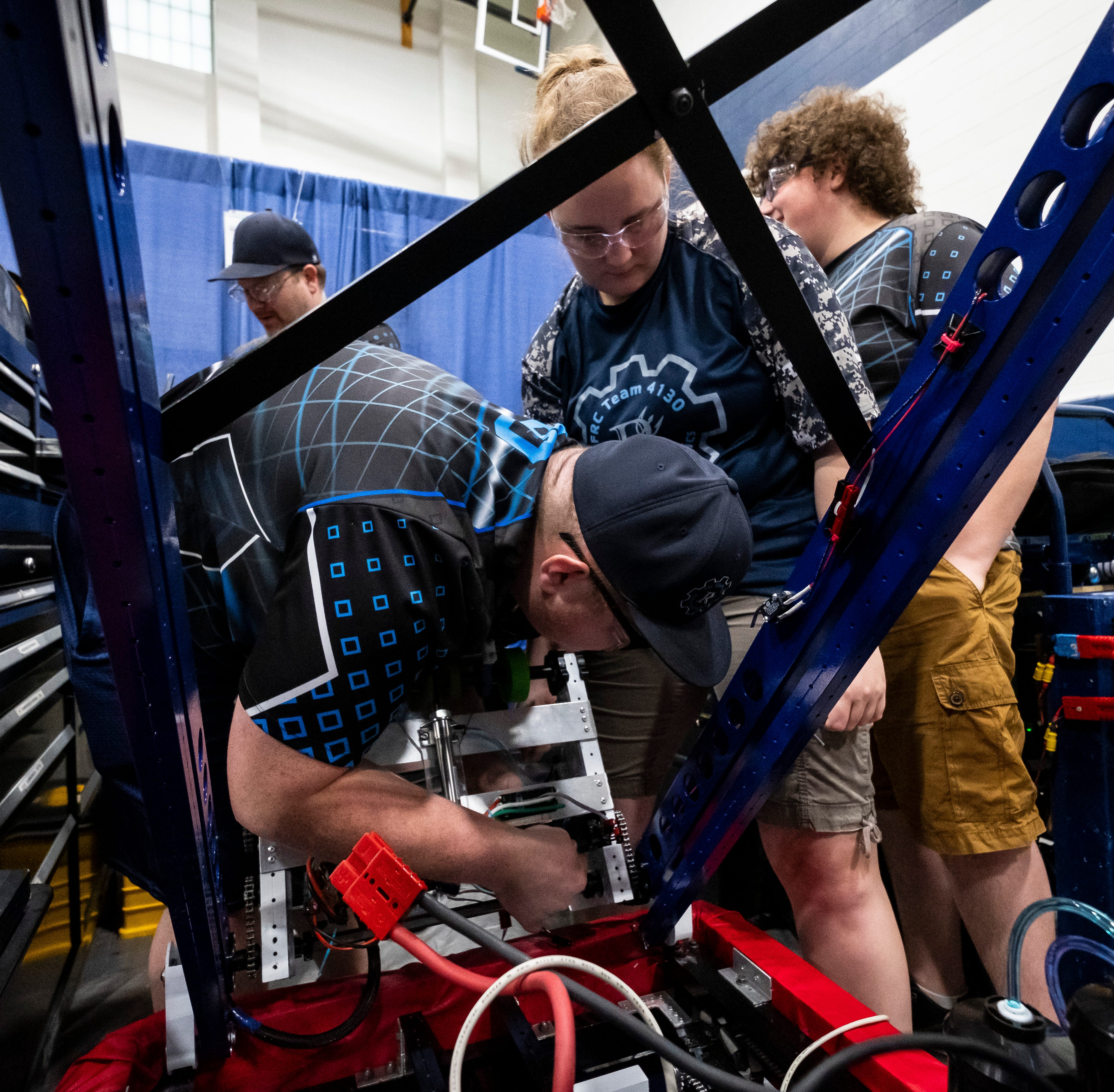 Local robotics teams head to FIRST World Championships in Detroit