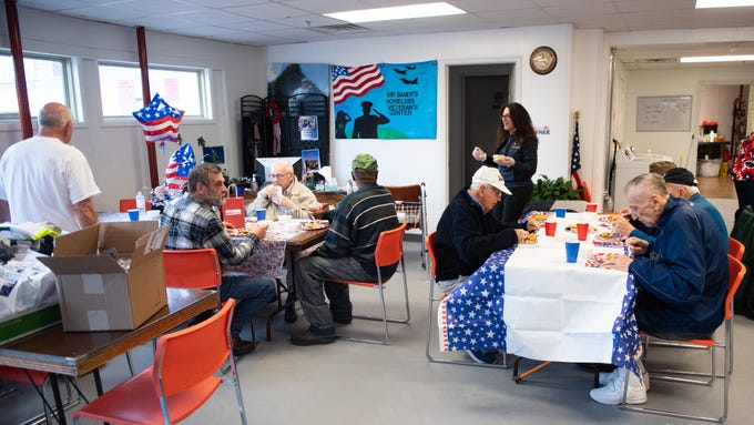 On March 29, 2019, veterans living at Country Meadows Retirement Communities delivered supplies and ate lunch with homeless veterans at Mr. Sandy's Homeless Veteran's Center.