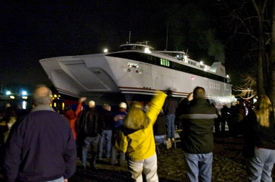The Spirit of Ontario leaves Rochester for the last time on December 21, 2006.