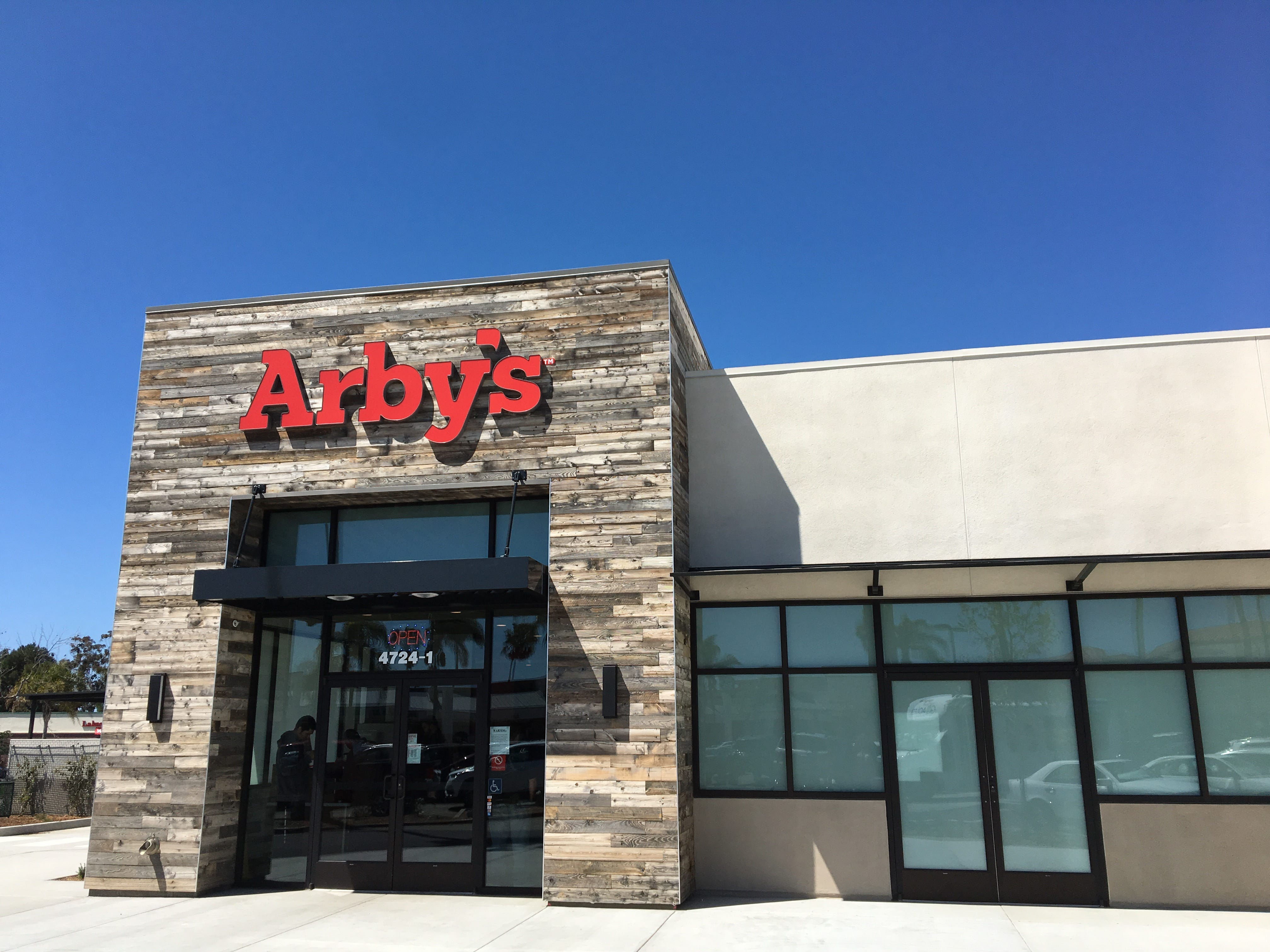 After 50 years at its original Main Street location in Ventura, Arby's has moved to a new Telephone Road address in the Riviera Shopping Center.