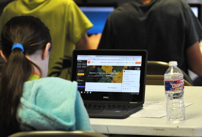 The Dexter Online School will launch Monday, offering free online classes for any child ages 8-17.
