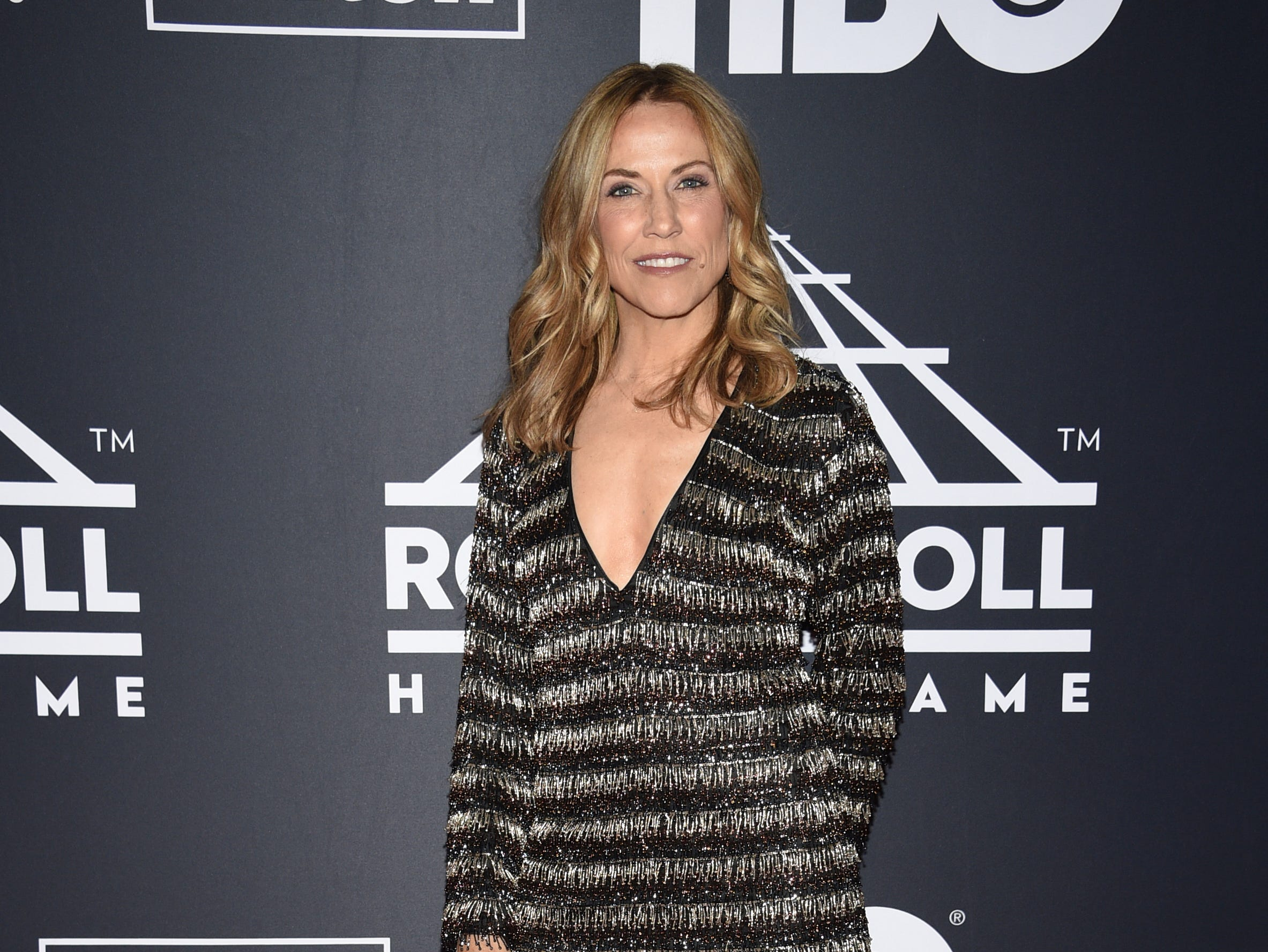 Sheryl Crow arrives at the Rock & Roll Hall of Fame induction ceremony at the Barclays Center on Friday, March 29, 2019, in New York. (Photo by Evan Agostini/Invision/AP) ORG XMIT: NYPM120