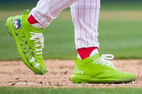 Harper's opening day cleats paid homage to the Phillie Phanatic.