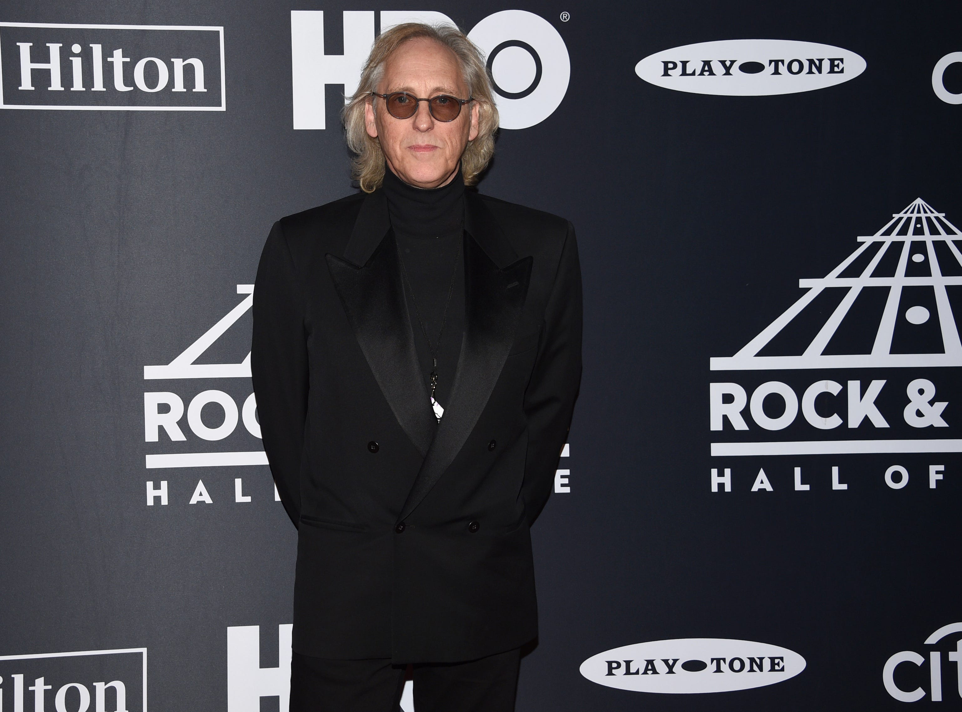 Eddie Jobson, of Roxy Music, arrives at the Rock & Roll Hall of Fame induction ceremony at the Barclays Center on Friday, March 29, 2019, in New York. (Photo by Evan Agostini/Invision/AP) ORG XMIT: NYPM112