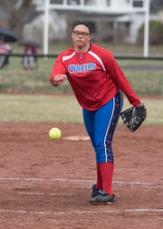 Zane Trace softball defeated Huntington 4-1 on Monday as Destini Hitchens pitched a complete game.