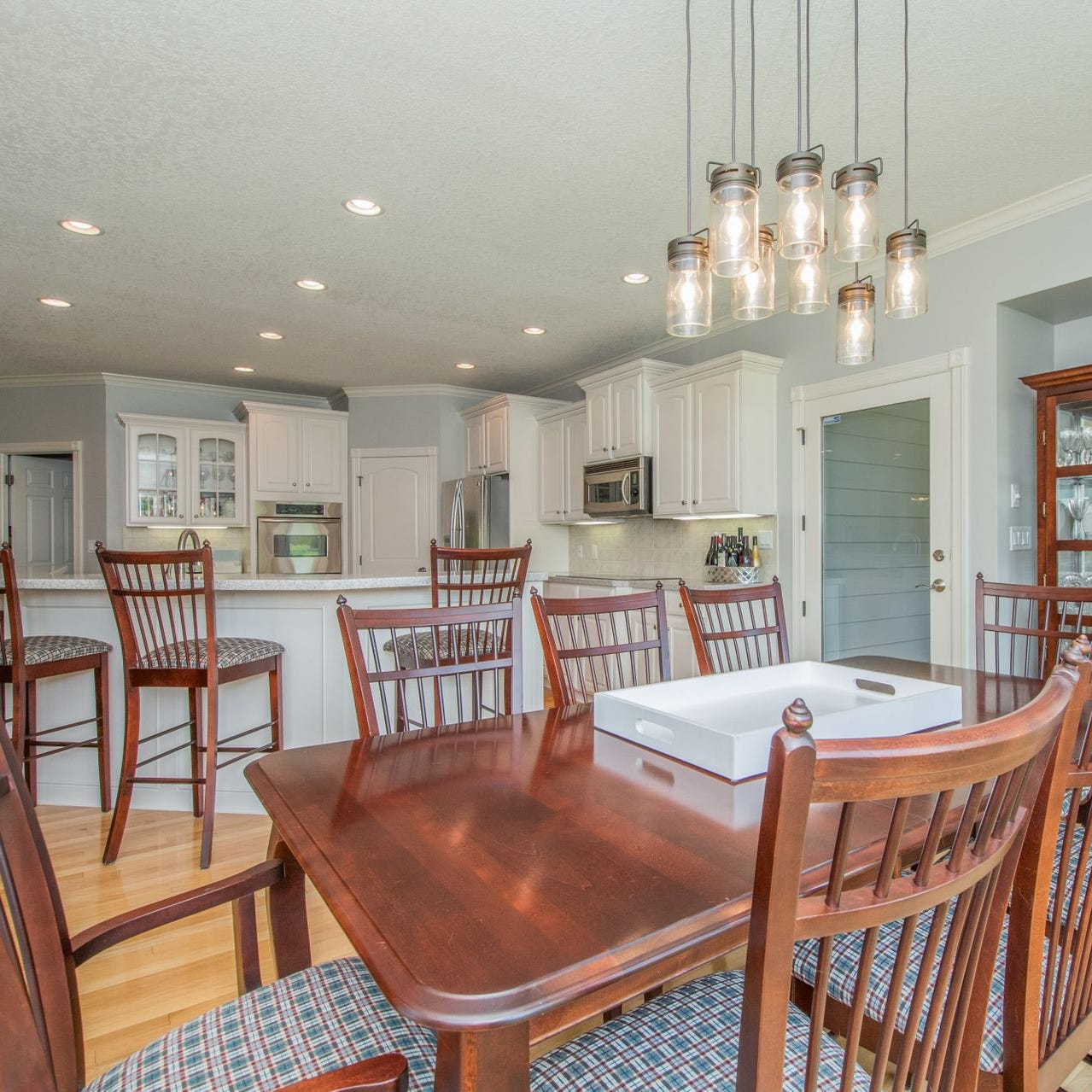 Mansion Monday: River Oaks executive home lists for $750,000