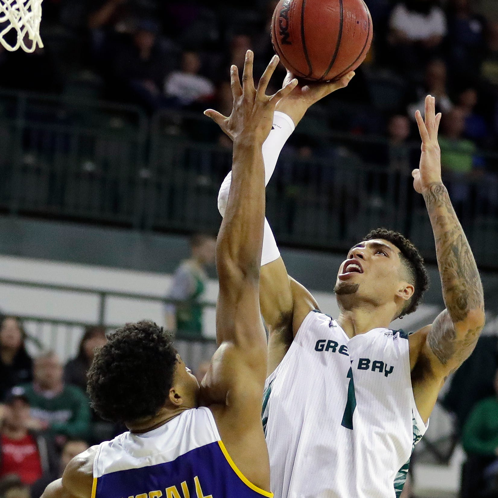 UWGB men roll into CollegeInsider.com Tournament semifinals