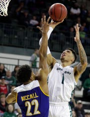 UWGB senior guard Sandy Cohen III had a team-high 13 points in an 80-65 win over CSU Bakersfield in a CollegeInsider.com Tournament quarterfinal on Friday night at the Kress Center.