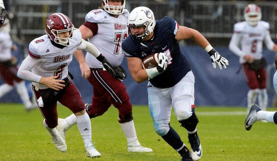 Connecticut graduate transfer and defensive lineman Kevin Murphy (94) officially signed with Louisiana Tech Friday, March 29, 2019.