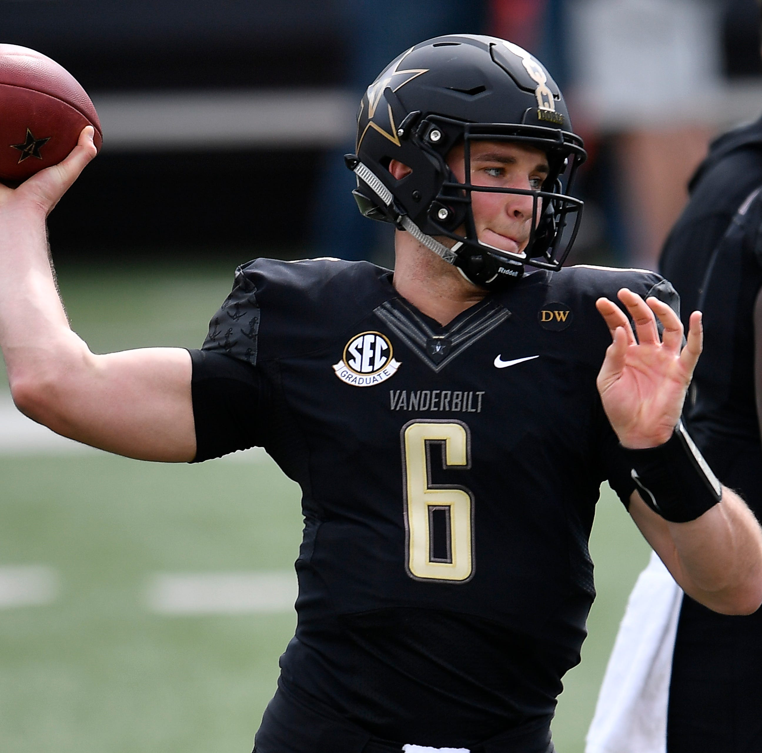 Vanderbilt football spring game: Riley Neal makes good first impression, but QB competition just starting