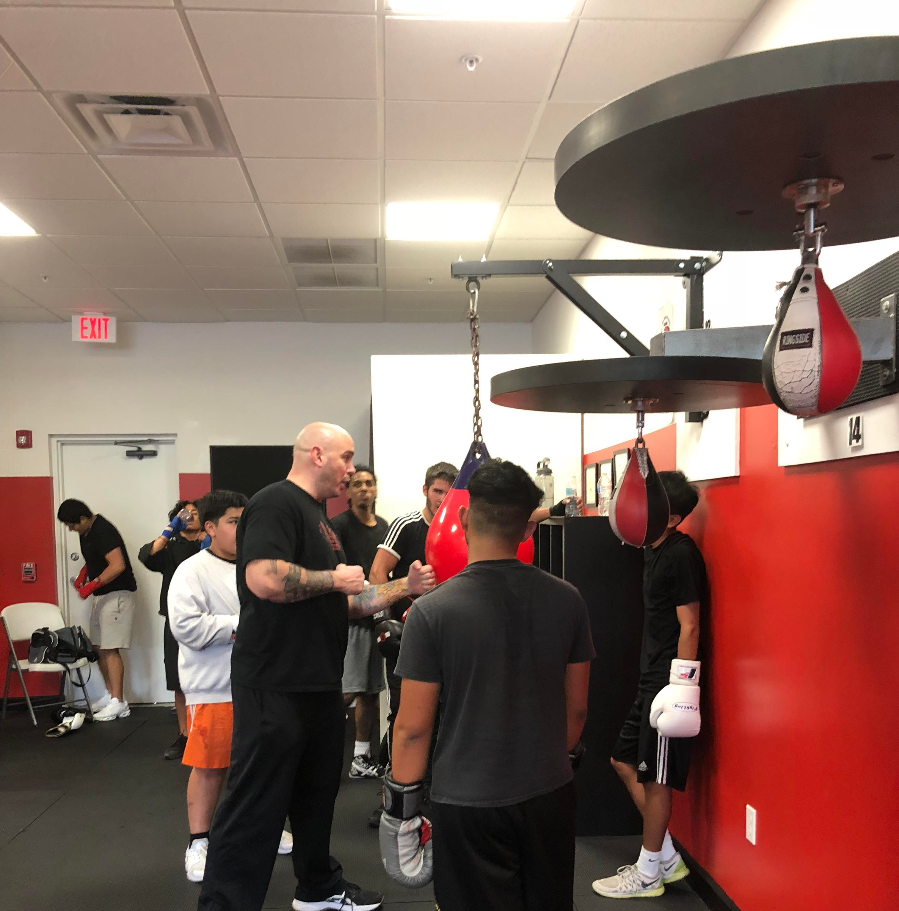 "Boxing: Kelly ""The Ghost"" Pavlik speaks to kids at Naples' Sweet Science Gym"