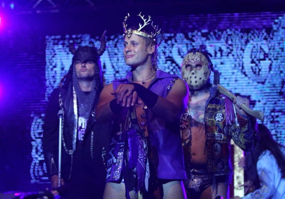 Matt Taven, accompanied by Kingdom members TK O'Ryan and Vinny Marseglia, will wrestle for the Ring of Honor world title at Madison Square Garden next week.