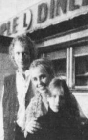 Oct. 28, 1993: Luke (Tony Geary), Laura (Genie Francis) and their son Lucky (Jonathan Jackson) at the Newark Diner.
