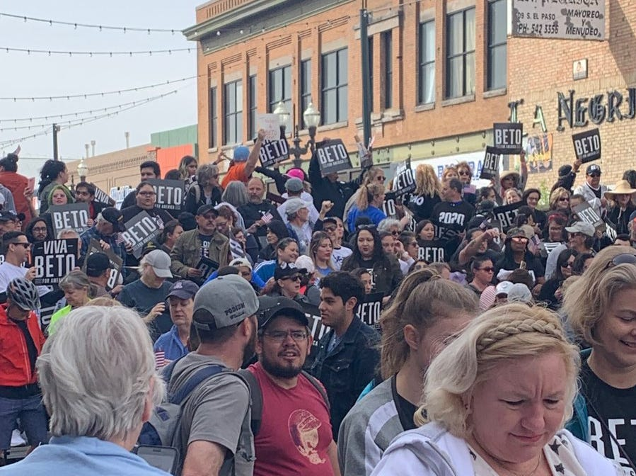The crowd for Beto O'Rourke's rally fills several blocks shortly before the event is scheduled to begin.