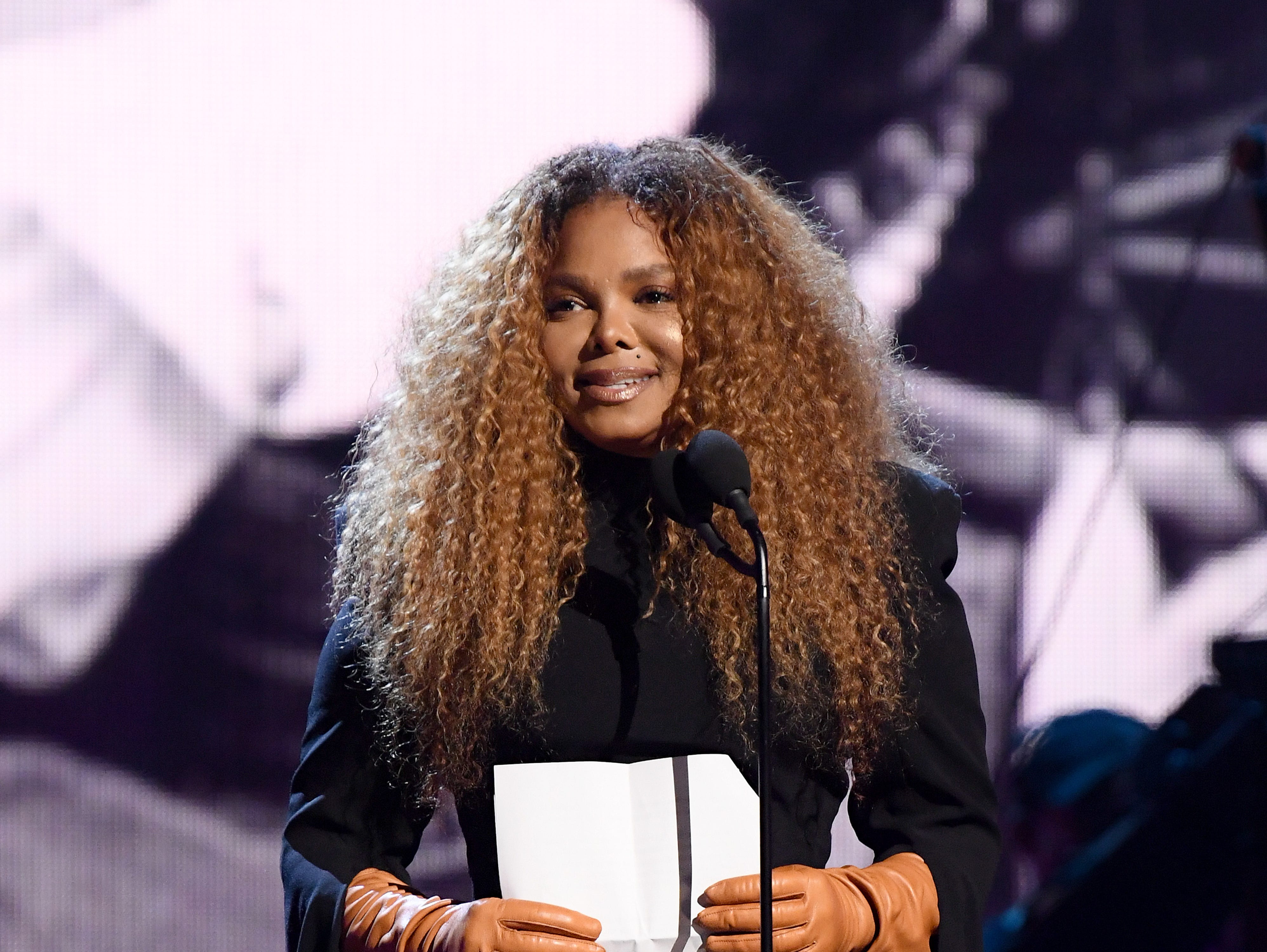 NEW YORK, NEW YORK - MARCH 29: Inductee Janet Jackson speaks onstage during the 2019 Rock & Roll Hall Of Fame Induction Ceremony - Show at Barclays Center on March 29, 2019 in New York City. (Photo by Dimitrios Kambouris/Getty Images For The Rock and Roll Hall of Fame) ORG XMIT: 775320663 ORIG FILE ID: 1139195642