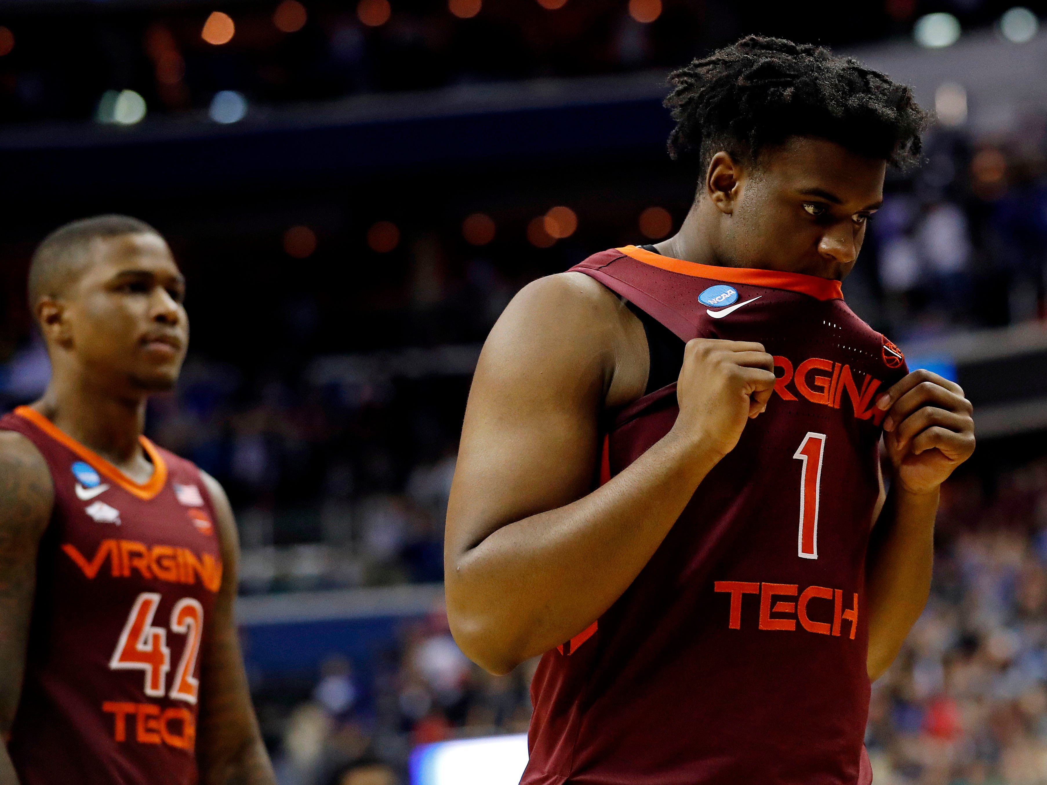 Sweet 16: No. 4 Virginia Tech loses to No. 1 Duke, 75-73.