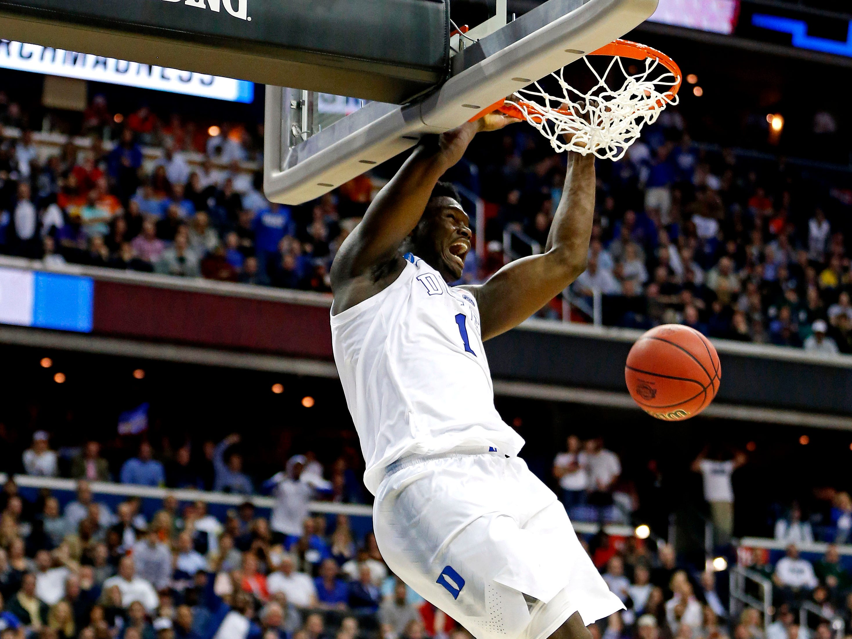 Sweet 16: Duke Blue Devils forward Zion Williamson dunks the ball against the Virginia Tech Hokies during the second half.