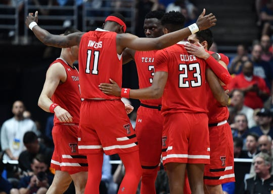 Texas Tech Red Raiders forward Tariq Owens (11) and players gather before playing against Gonzaga Bulldogs in the championship game of the West Regional of the 2019 NCAA Tournament at Honda Center.