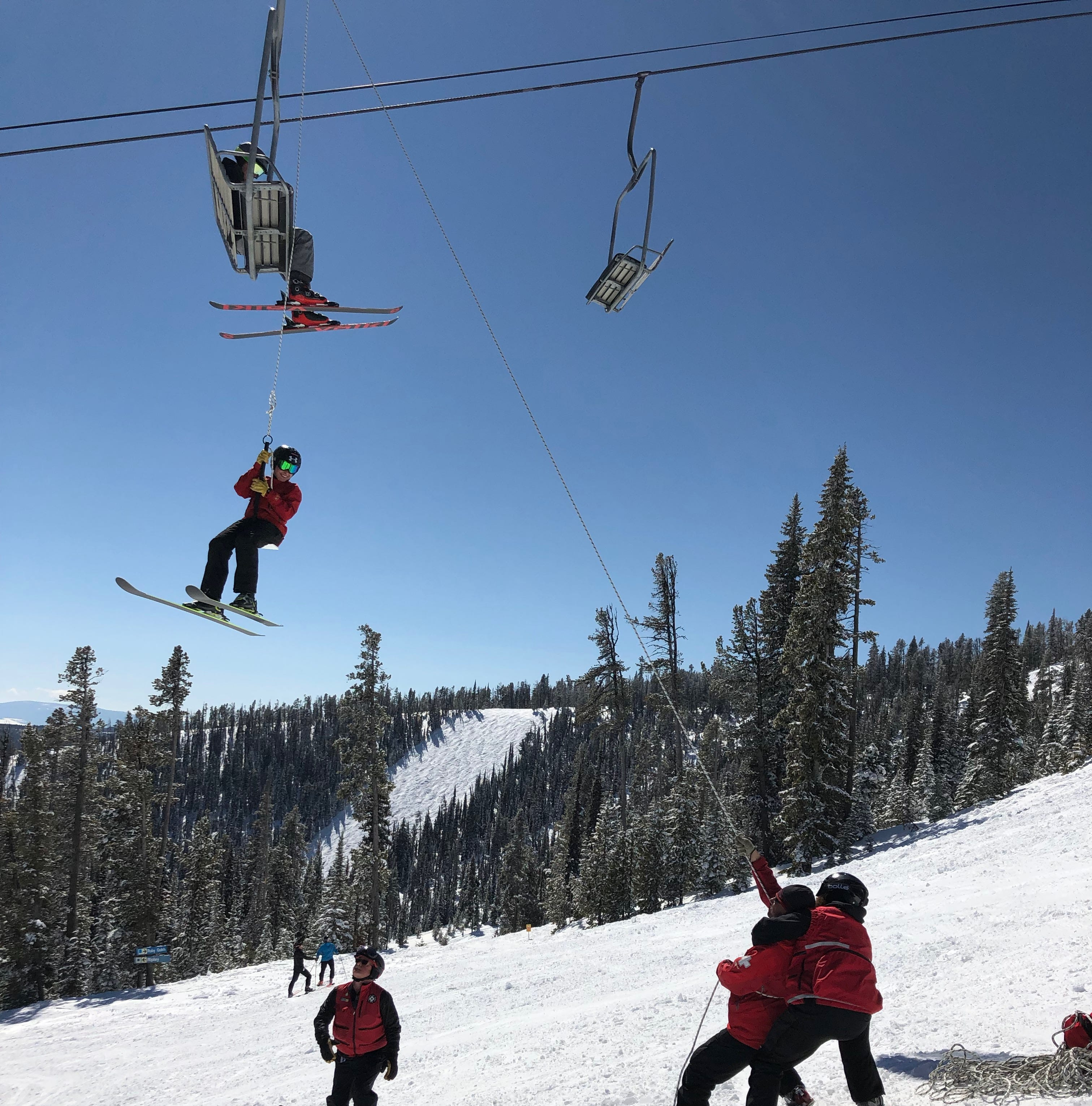 85 skiers lowered from lift on ropes after malfunction at Showdown