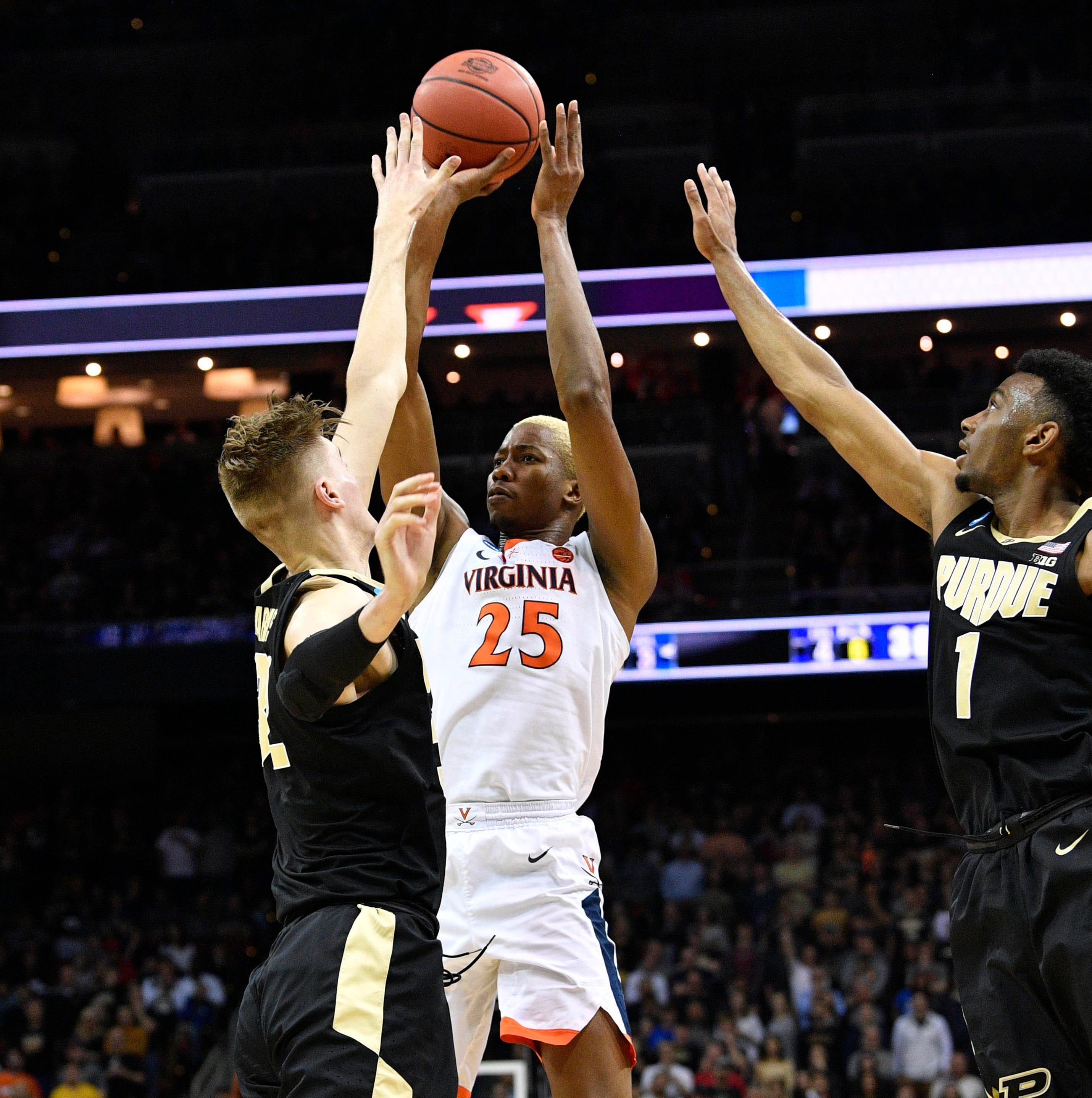 March Madness 2019: See Virginia's Mamadi Diakite buzzer beater to force Purdue to OT