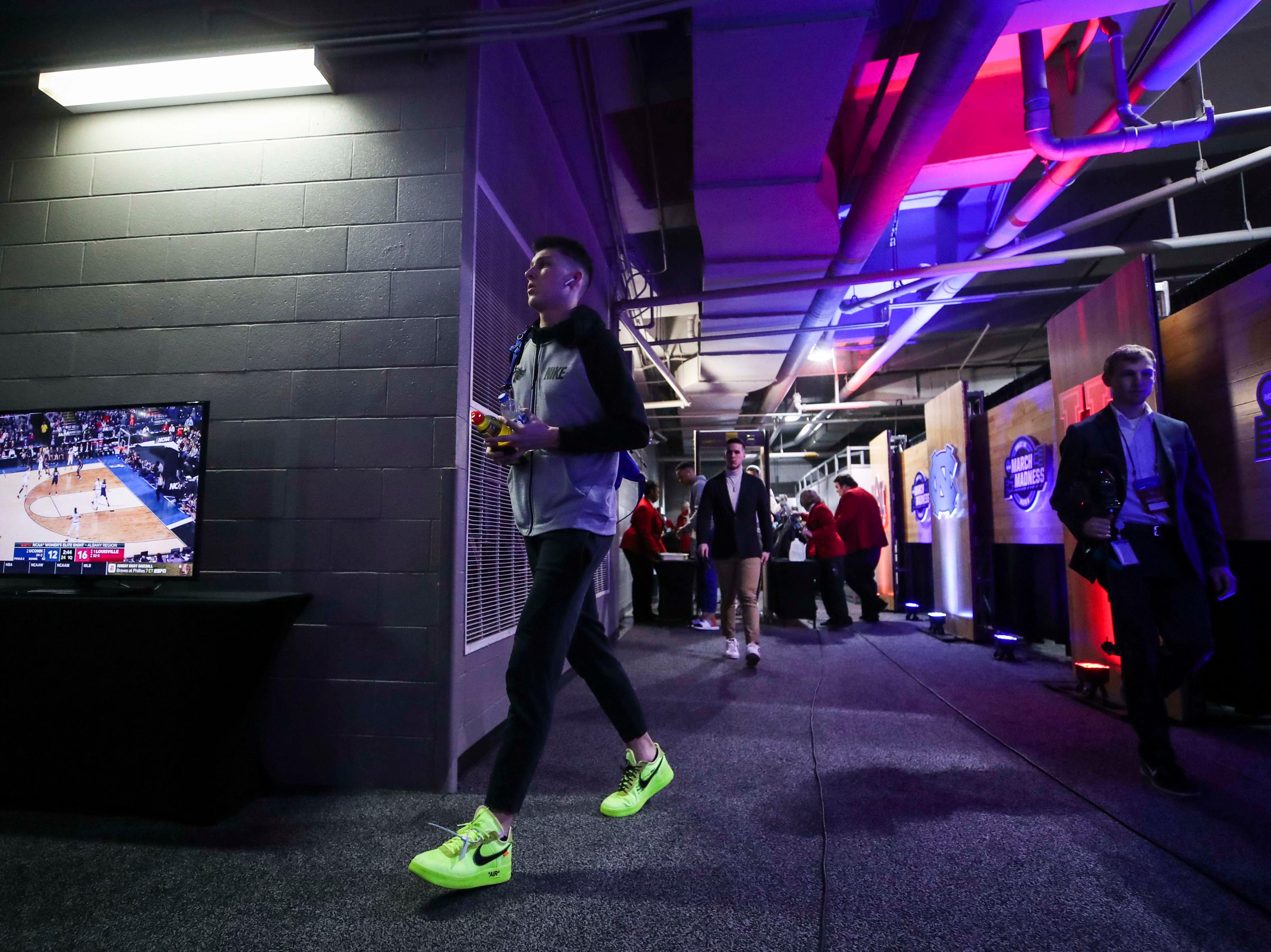 Kentucky player Tyler Herro walks towards the locker room at the Sprint Center in Kansas City before game against Auburn. March 31, 2019