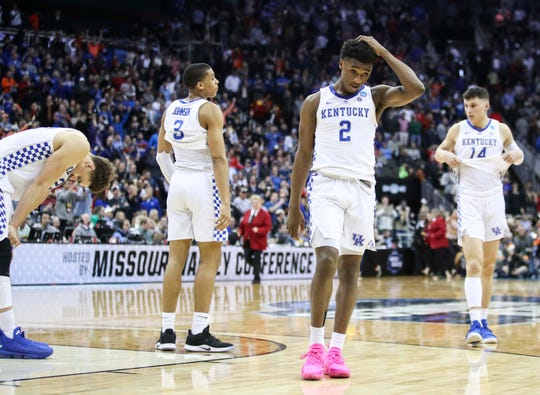 Ashton Hagans (2) is one of several UK players with NBA decisions to make.