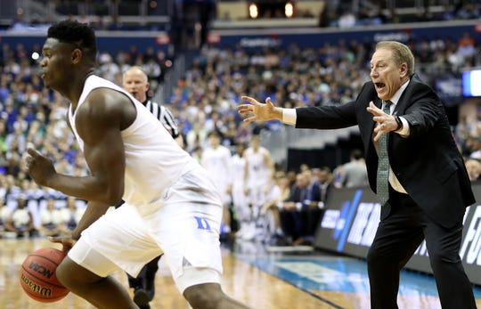 Head coach Tom Izzo of the Michigan State Spartans shouts against the Duke Blue Devils during the first half in the East Regional game of the 2019 NCAA Men's Basketball Tournament at Capital One Arena on March 31, 2019 in Washington, DC.