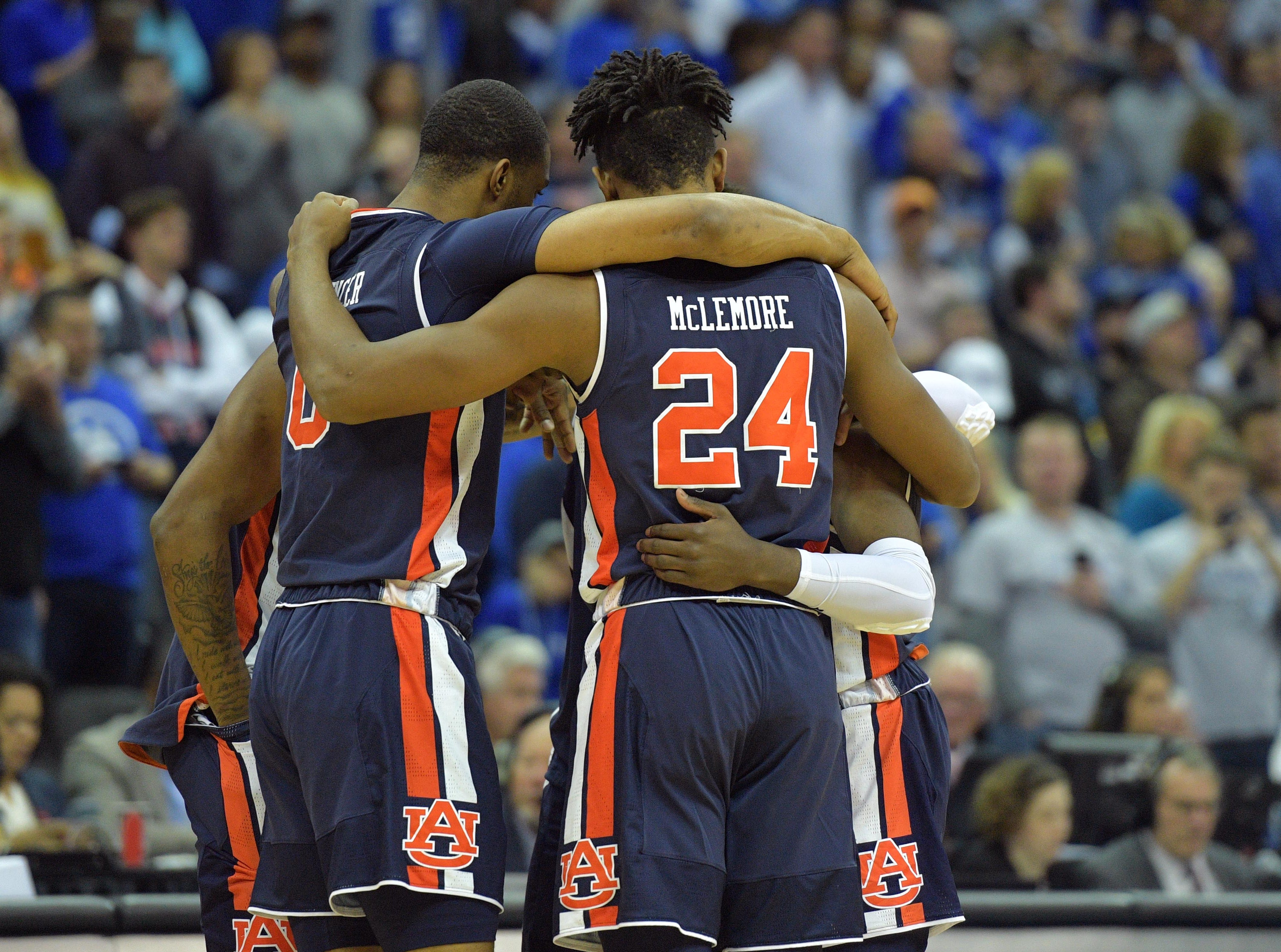 Mar 31, 2019; Kansas City, MO, United States; Auburn Tigers players huddle against the Kentucky Wildcats during the first half in the championship game of the midwest regional of the 2019 NCAA Tournament at Sprint Center. Mandatory Credit: Denny Medley-USA TODAY Sports