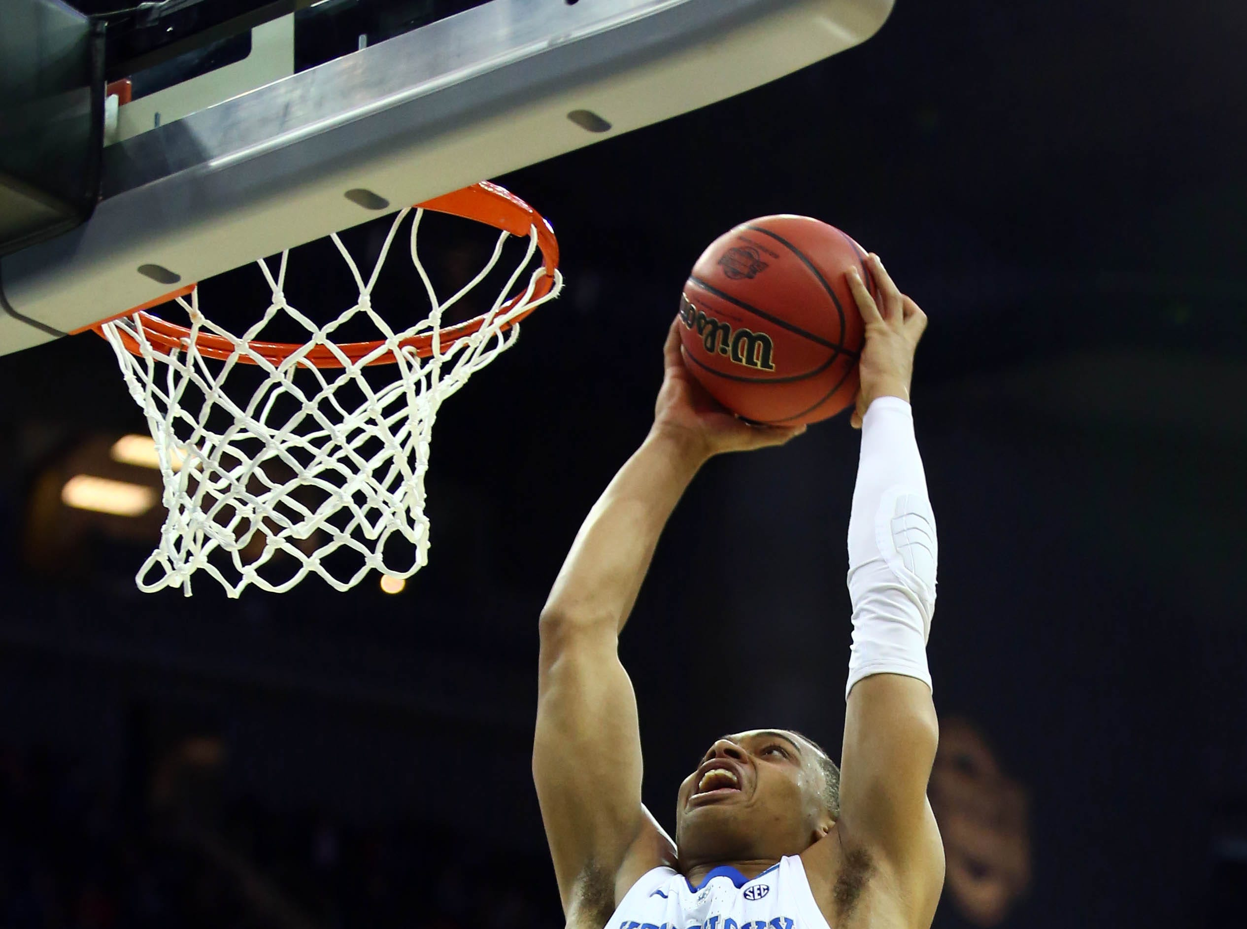 Mar 31, 2019; Kansas City, MO, United States; Kentucky Wildcats guard Keldon Johnson (3) dunks the ball against the Auburn Tigers during the second half in the championship game of the midwest regional of the 2019 NCAA Tournament at Sprint Center. Mandatory Credit: Jay Biggerstaff-USA TODAY Sports